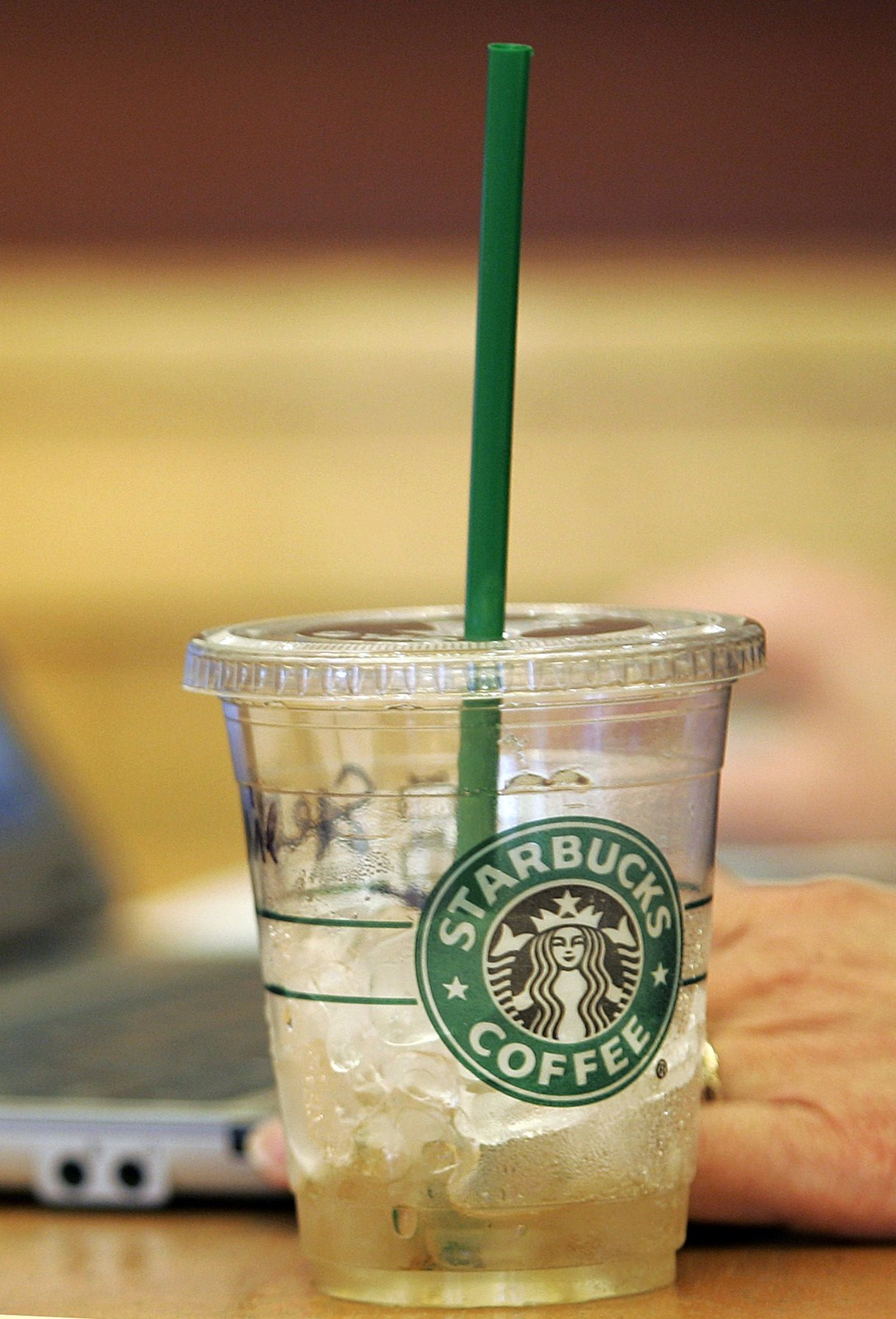 Starbucks Asks Court To Dismiss Iced Drink Lawsuit In