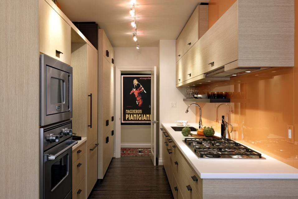 Print Sleek galley kitchens gain favor Galley kitchens are great ...
