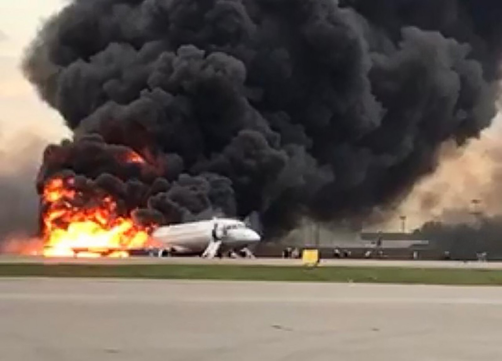41 killed in fiery passenger jet accident at Moscow airport - South