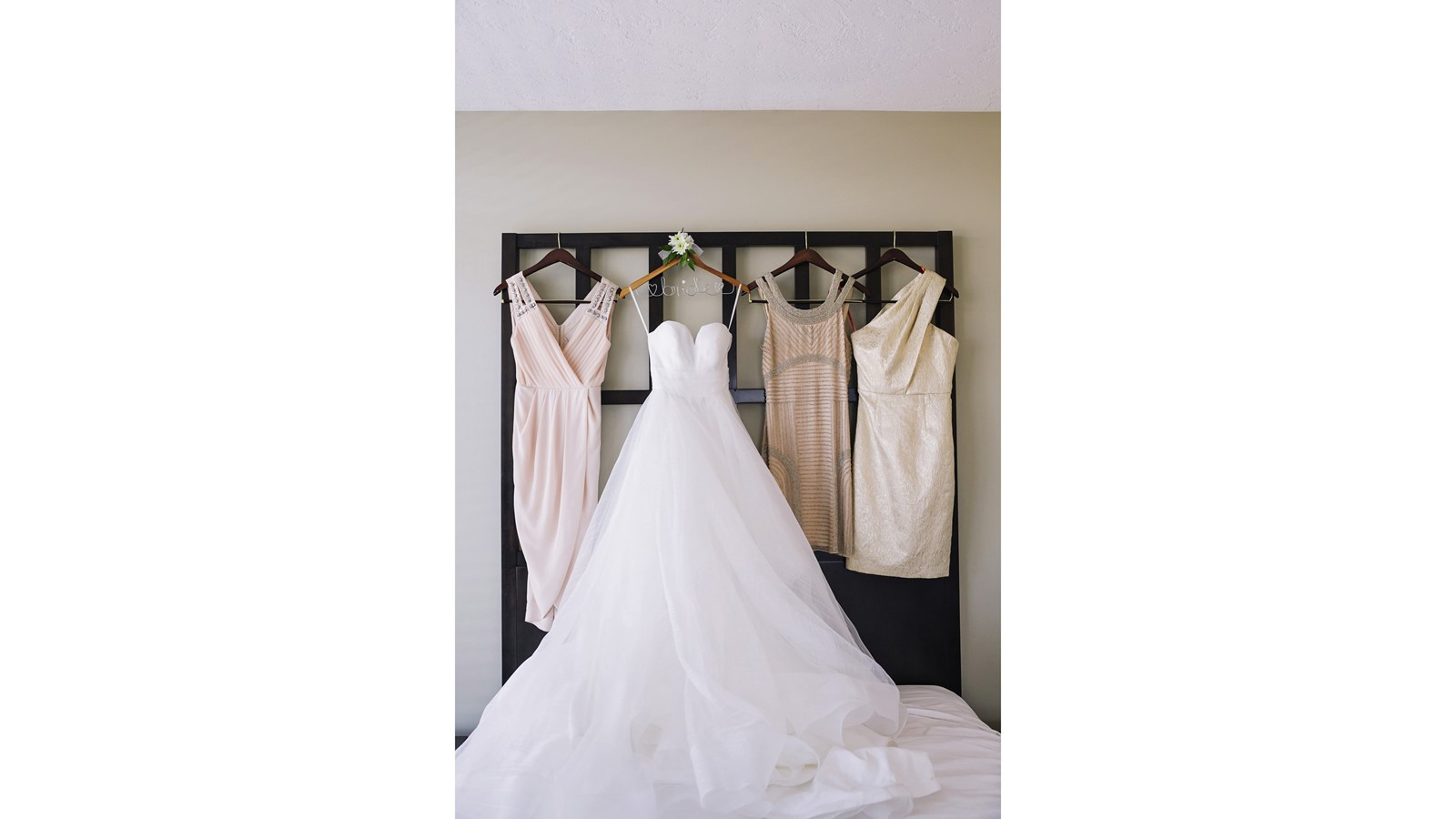 4 Ways For Brides To Find Discounted Wedding Dresses West