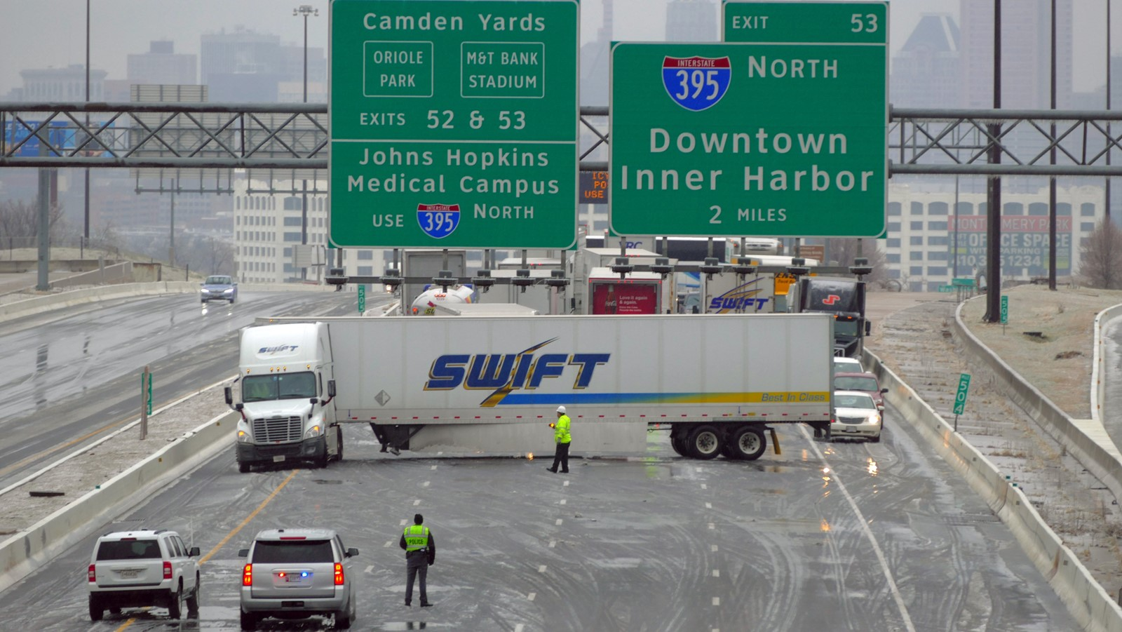 2 dead in fiery crash on I-95 during storm - Baltimore Sun