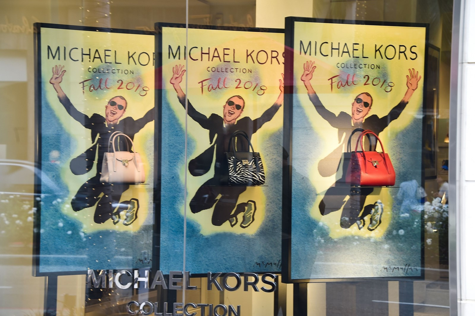 bdef67704986 Michael Kors to buy Versace for  2 billion - Baltimore Sun