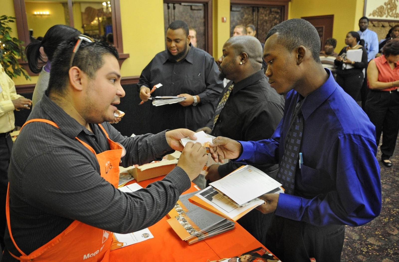 Print Big Employers Hiring At Job Fair On Thursday 25 Companies