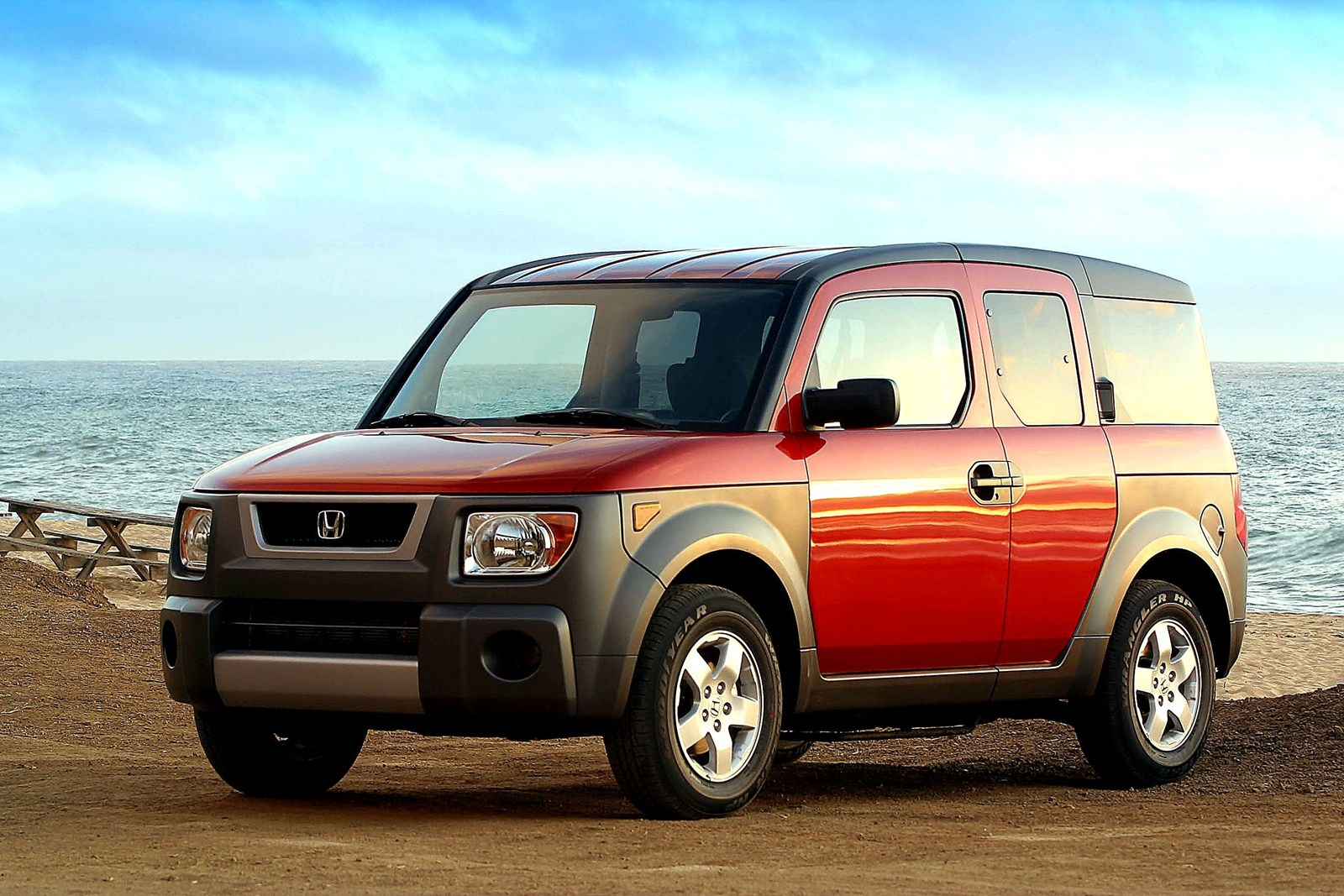 What's that rattle noise at the rear of a Honda Element? Ghosts? Bob Weber  has a more down-to-earth answer. (Honda )