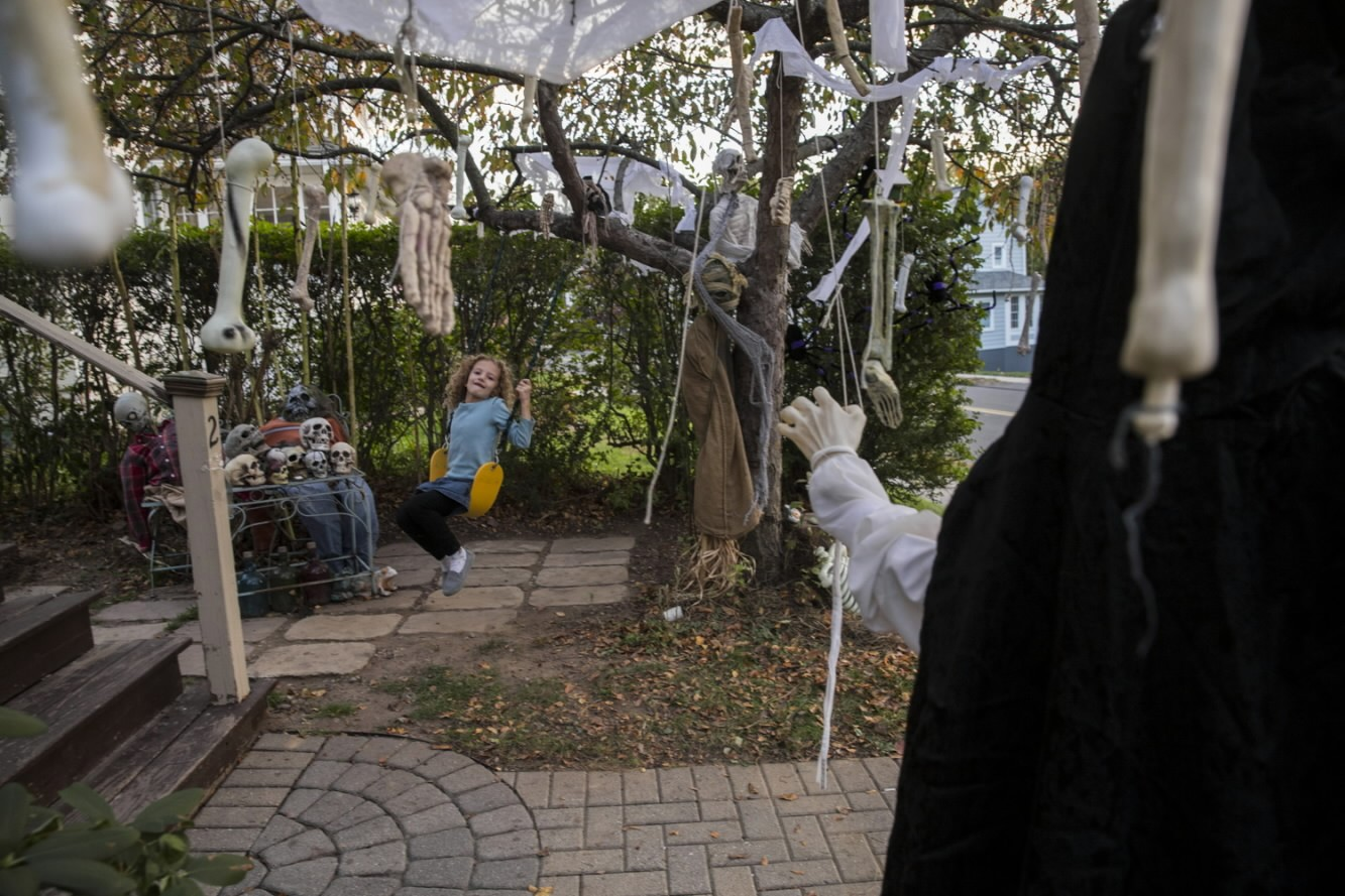scary show goes on hartford courant