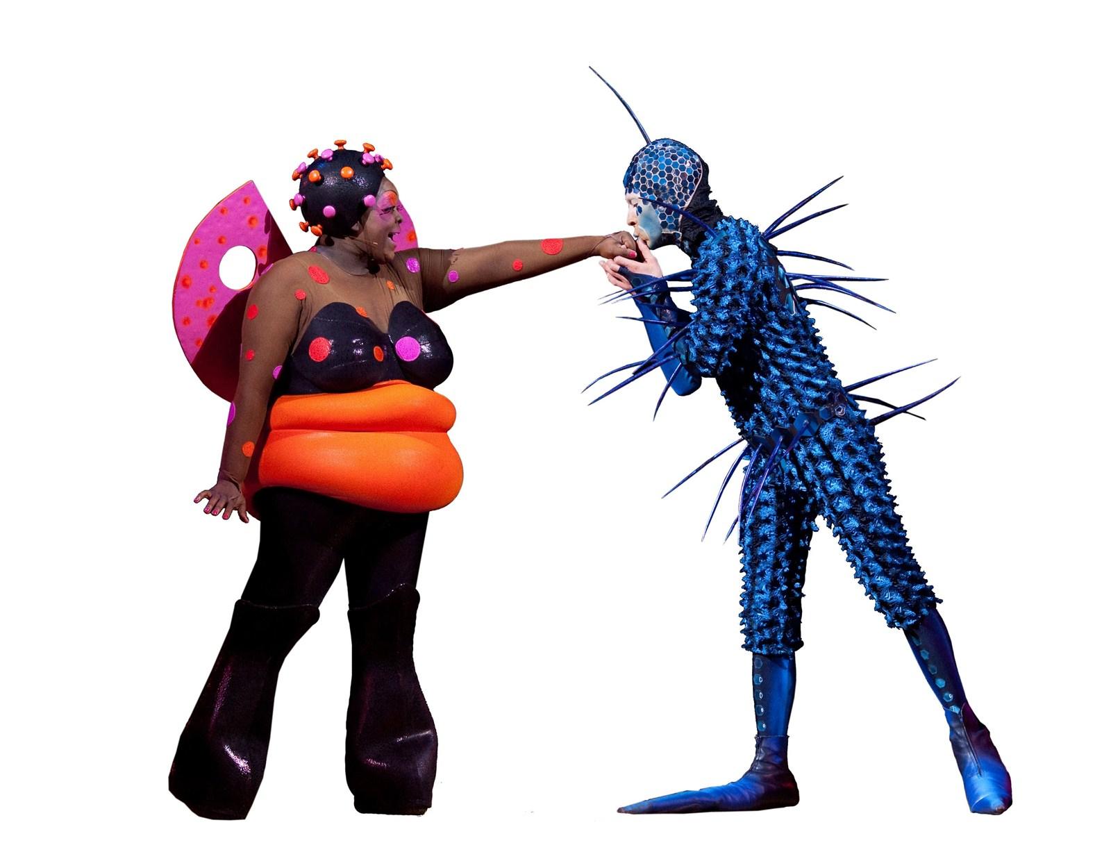 CIRQUE du Soleilu0027s buggy comic relief in u201cOvo.u201d (Cirque du Soleil )  sc 1 st  Hartford Courant & Cirque Du Soleilu0027s u0027Ovou0027 Dazzles - Hartford Courant